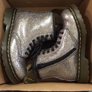 Dr. Martens Shoes - Kids boots